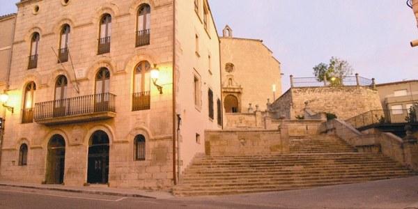 Jornada de portes obertes a l'Ajuntament de Bellpuig i visites guiades al Mausoleu de Ramon de Cardona