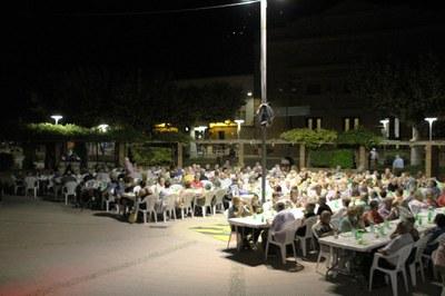 Festa del Barri del Parc a Bellpuig 2019 Sopar popular.jpg
