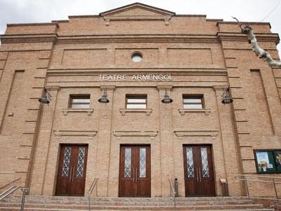 Adquisició de bèns mobles per al Teatre Armengol