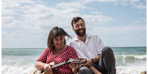 """Carla Barroso i Dafnis Balduz presenten per Sant Jordi, el seu espectacle """"Amics"""" a Bellpuig"""