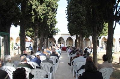 Dia de Tot Sants a Bellpuig Missa al cementiri.jpg