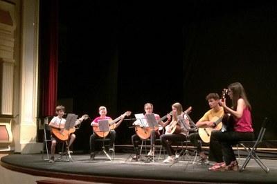 Grup de guitarres.jpg