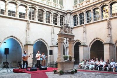 """Concert de Guillem Roma """"Connexions"""" al Convent de Sant Bartomeu de Bellpuig"""