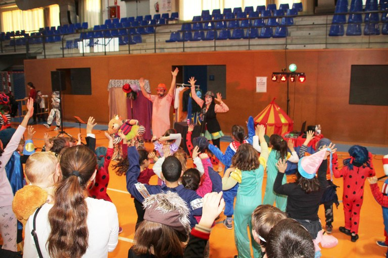 Festa de Carnestoltes Bellpuig 2019 Espectacle d'animació infantil.jpg