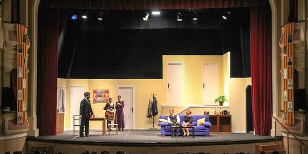 Grepp Teatre representa de Rumors de Neil Simon al Teatre Armengol