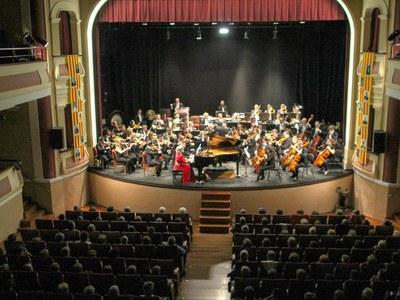 L'Orquestra Simfònica Julià Carbonell interpreta  la 9a Simfonia de Xostakóvitx i presenta l'estrena mundial  del Concierto Flamenco d'Abraham Espinosa a Bellpuig