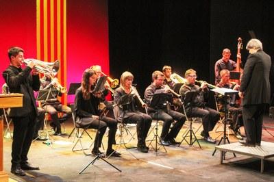 """La Comissió Capital de la Sardana, reconeix l'Ajuntament de Bellpuig amb el """"Premi al foment d'estudis Sardanistes""""  per la Beca """"Josep Maria Bernat"""" per a Joves Instrumentistes de Cobla"""