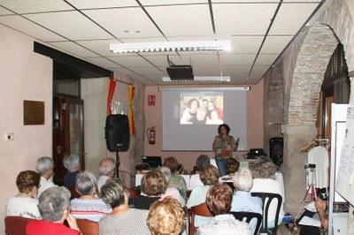 """L'Associació de Familiars de Malalts d'Alzheimer de Tàrrega i Comarca """" Dóna veu a la Família"""" amb una conferència a Bellpuig"""