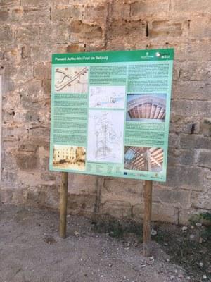 L'edifici del molí vell ja té cartell explicatiu