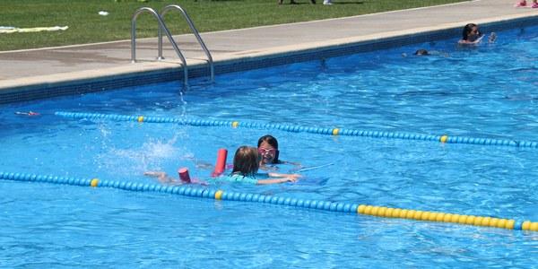 Piscines municipals i cursets de natació
