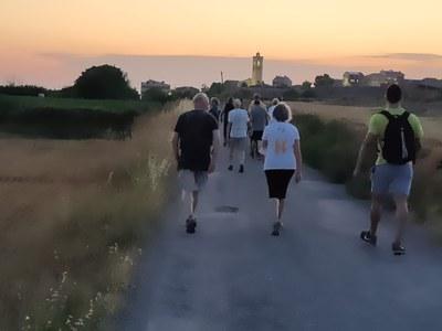 Punt i final a les caminades nocturnes familiars que Bellpuig repetirà l'estiu que ve.