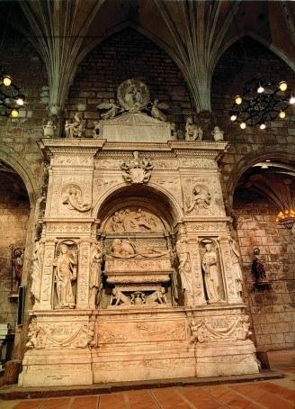mausoleu1 (1).jpg
